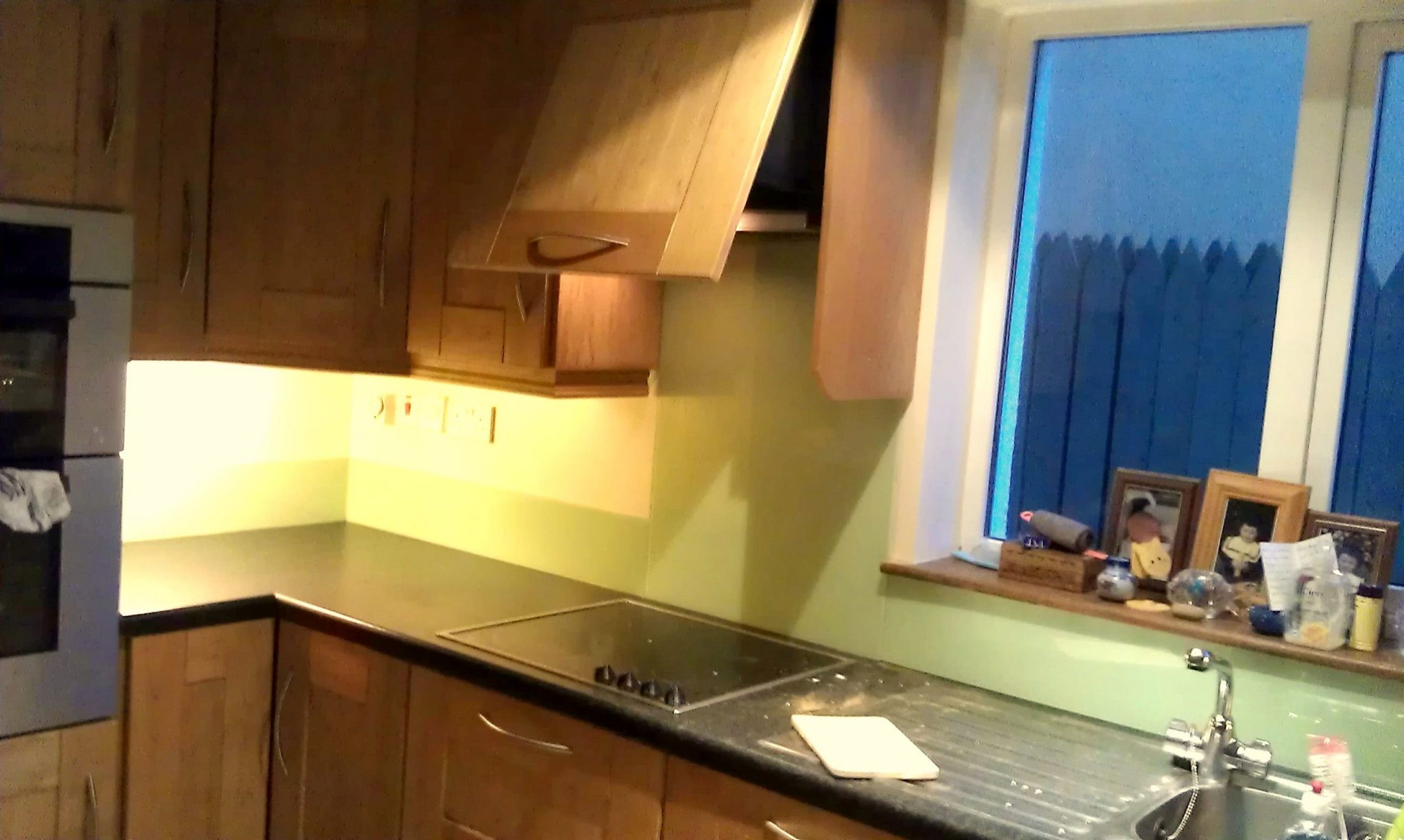 pale green splashback, kitchen glass splashbacks